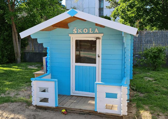 Domčeky na detskom ihrisku dostali nový náter